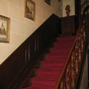 16. Avant - Cage d'escalier