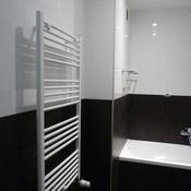 4. Après Bain - Sèche serviettes à la place de l'ancien lavabo